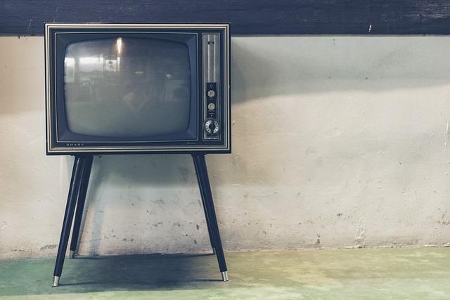 retro televize.jpg