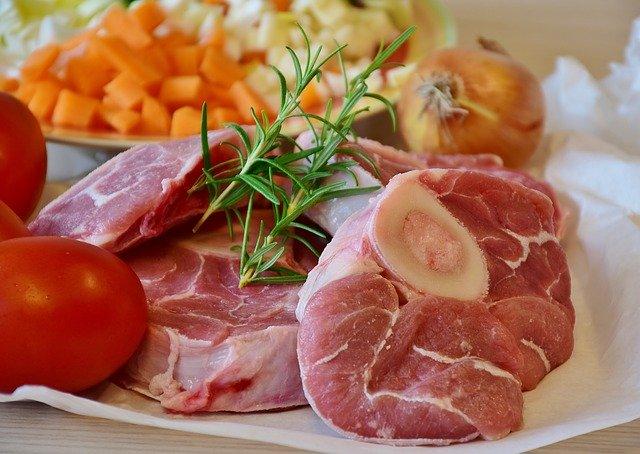 teľacie mäso so zeleninou